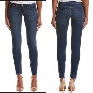 CAbi 750 Ruby skinny Jeans medium-dark wash